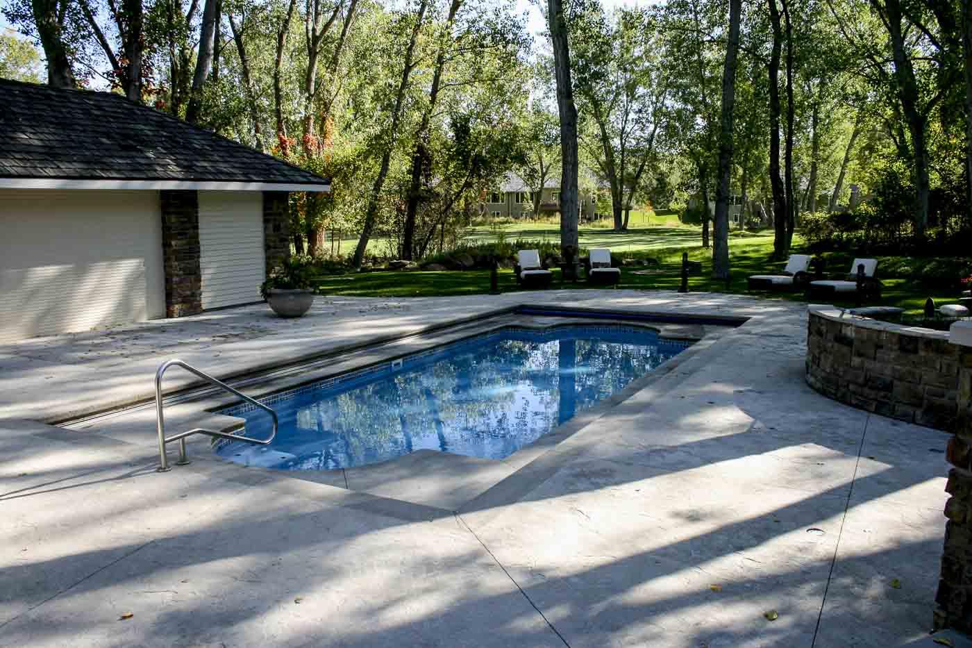 2009 Aquatech fiberglass pool