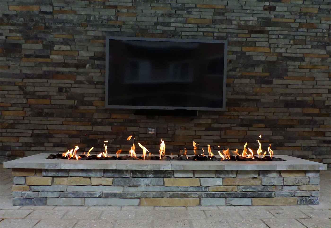 commercial pool h20 fire pit