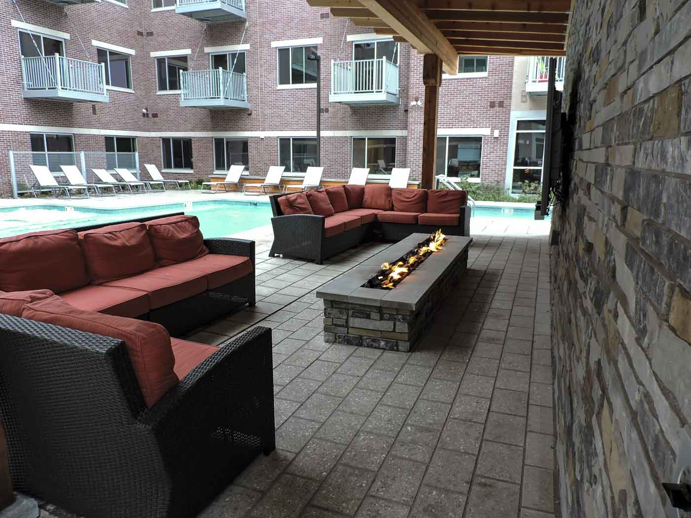h20 commercial pool seating area