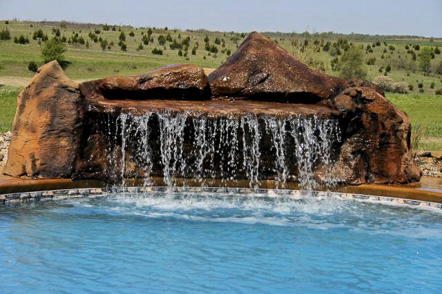 outdoor pool water feature
